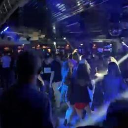 Le danze anticipano i tempi  Discoteca chiusa per 5 giorni