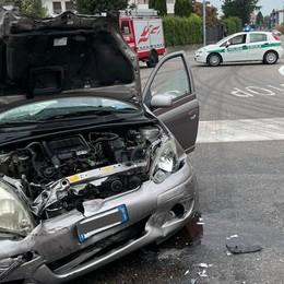 Scontro tra due auto  Ferito bimbo di 8 anno