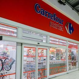 Carrefour taglia i negozi  Meno 41 in Lombardia,  timori anche a Como