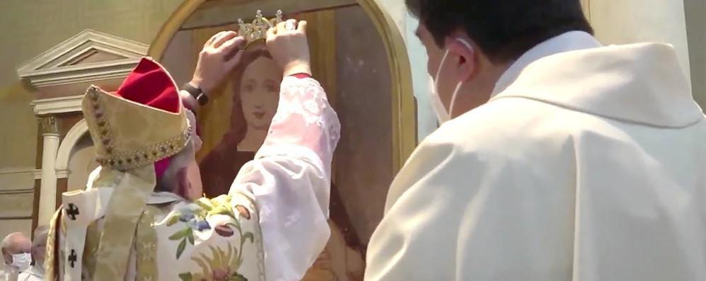 «Riscoprite la gioia»  L'arcivescovo Delpini  sprona i fedeli a Lurago