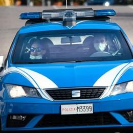 Sesso in pieno giorno nell'area cani  Interviene la polizia: due denunciati